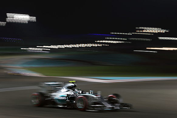 Rosberg moves ahead in practice two