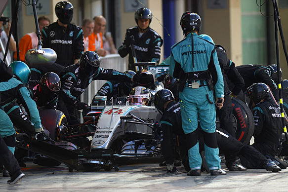 Hamilton regrets not risking strategy